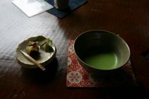 抹茶と茶菓子