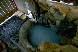 湯の峰温泉-つぼ湯 温泉を楽しむ