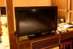 テレビは各部屋にあり