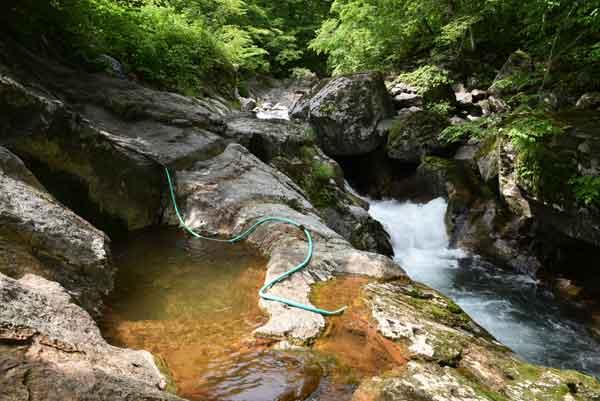 平田内温泉 熊の湯 露天風呂