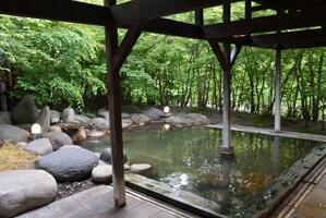 渓流の湯 露天風呂(この時は男性用)