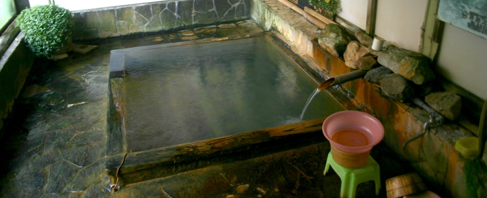 横向温泉 中の湯旅館イメージ