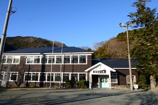 大沢温泉 やまびこ荘1