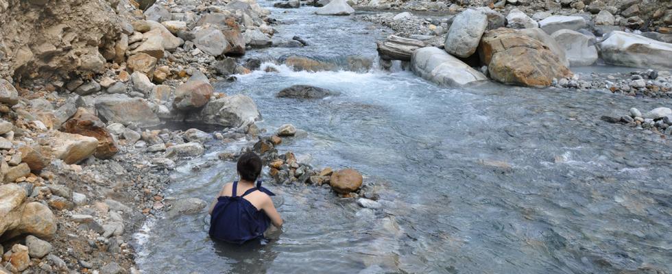 祖母谷温泉-河原の露天風呂-イメージ