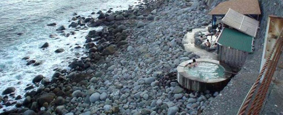北川温泉 黒根岩風呂イメージ