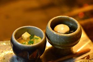わさび菜と笹身のゼリー寄せゆばクリーム添えとレモンジュレ