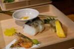前菜 炙り締め秋刀魚の棒寿司がおいしい