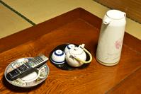 お茶セットと灰皿