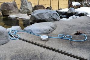 加水用のホース