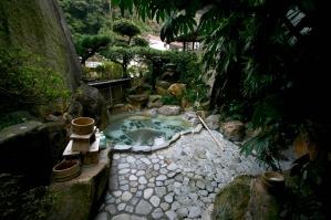中浴場 露天風呂 (0:00まで女性用)