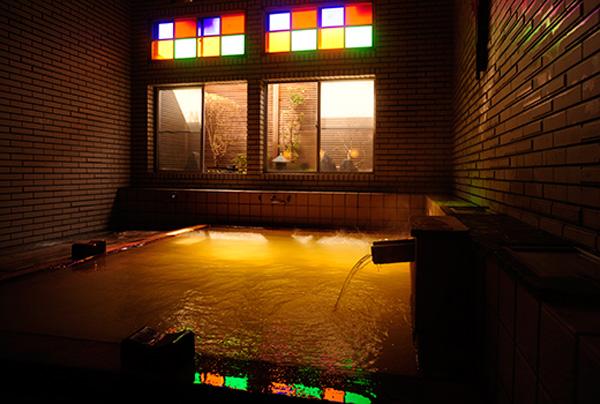 檜風呂(もう一つの浴室)