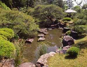 山水園庭園