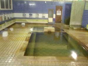 内湯:男女各1(浴槽2)
