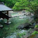 【大きな露天風呂】開放感いっぱい!の源泉かけ流し温泉10選