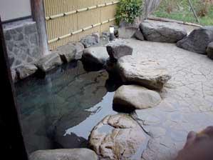 当時は水風呂 ※現在は微加温の源泉風呂に変わりました