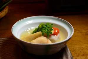 海老芋の旨煮など