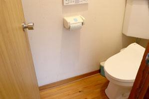 共同のトイレ(ウォシュレット付)