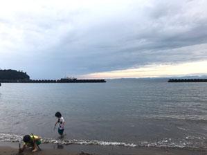 土肥温泉 海岸